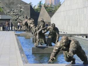 Nanjing-Massacre-Memorial-01-1024x768